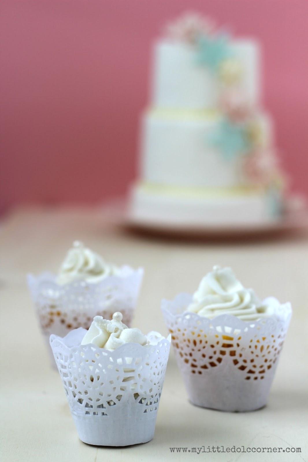 como_hacer_cupcake_wrappers_diy_1